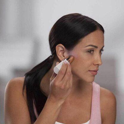 Odstranjevalec obraznih dlačic