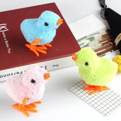 Igrača piščanček na navijanje Peepy